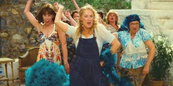 mamma-mia-2008-donna-rosie-tanya-meryl-streep-christine-baranski-julie-walters-review
